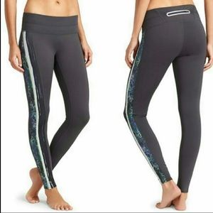 Athleta XS sonar Tight Flint Grey